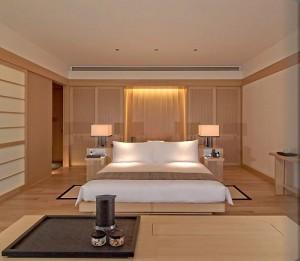 tokyo_room404_1850_alb